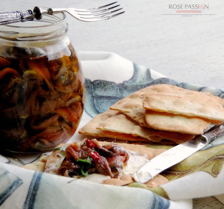 Acciughe salate sott'olio, il piacere delle conserve home made